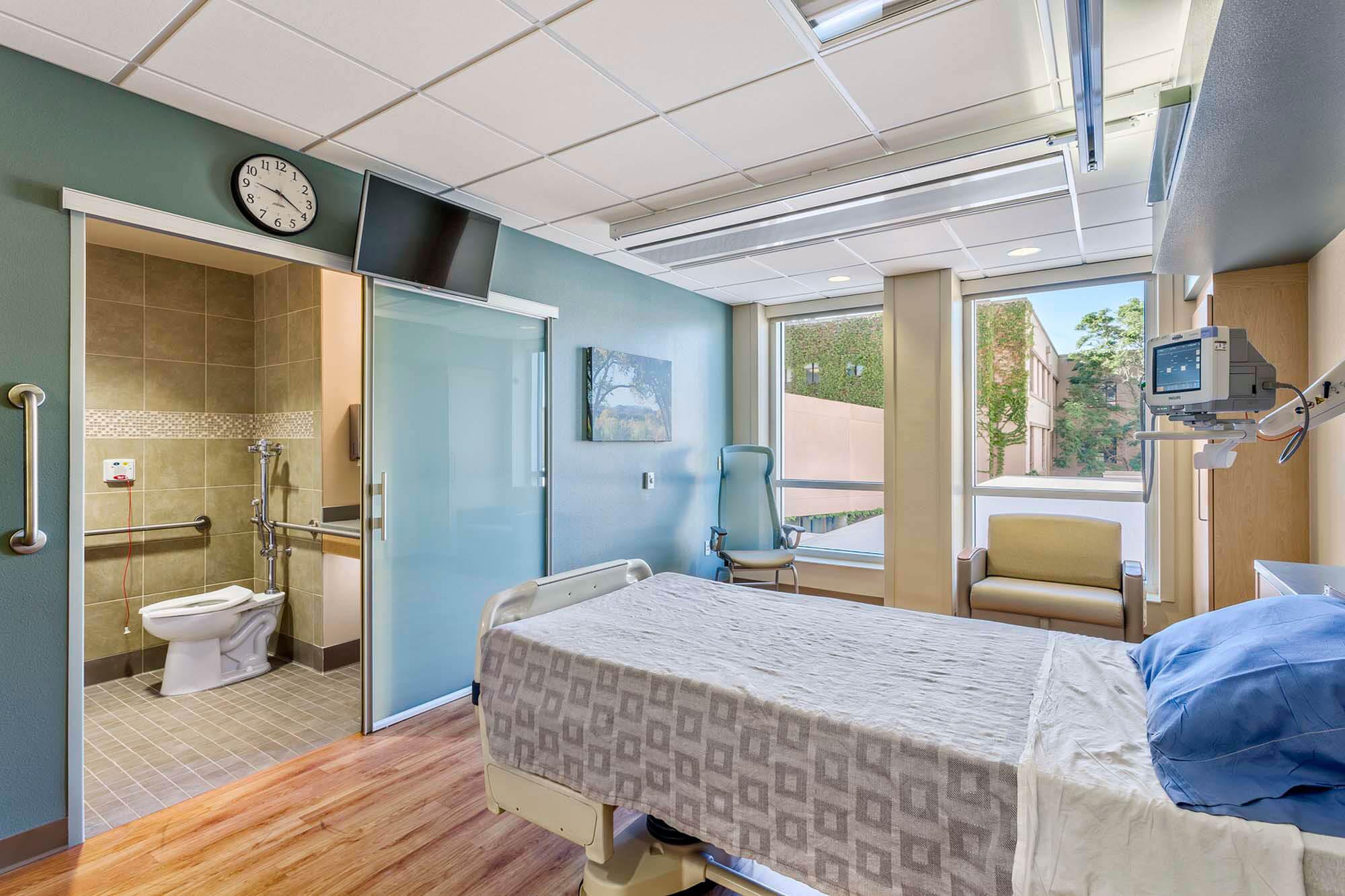 Presbyterian-Hospital-Unit-1B-Renovation---42_1